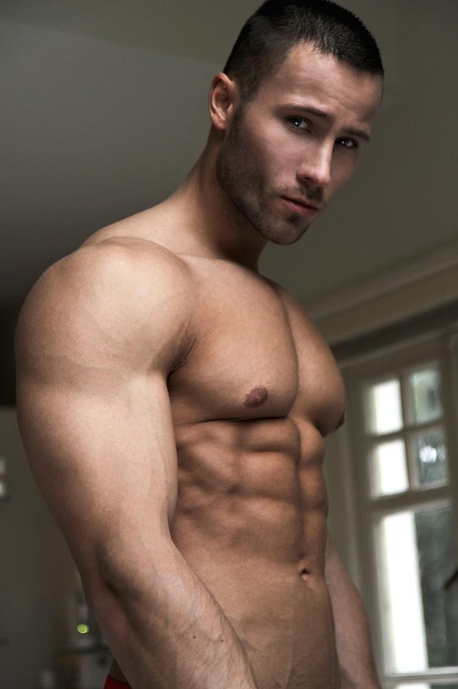 Muscular model Ruben Baars